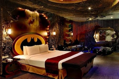 love-hotel-1.jpg