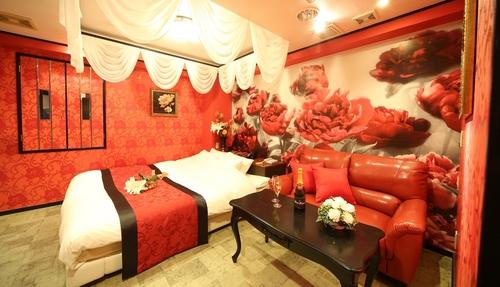 love-hotel31.jpg