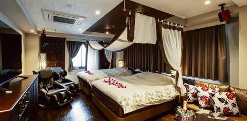 love-hotel51.jpg